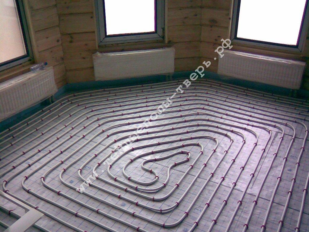 Армирующая сетка для стяжки, применение армирующей